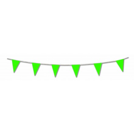 Green plastic pennant bunting 17ft/5m